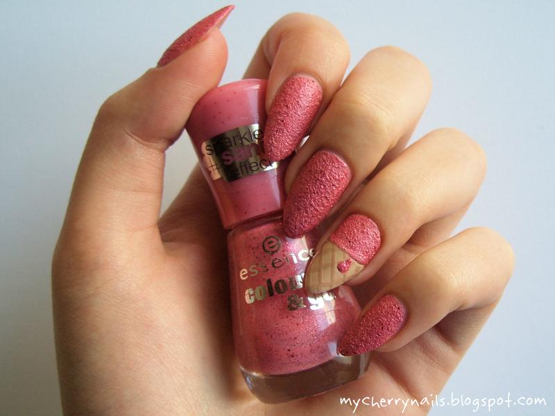 Strawberry sorbet nail art by Pauline