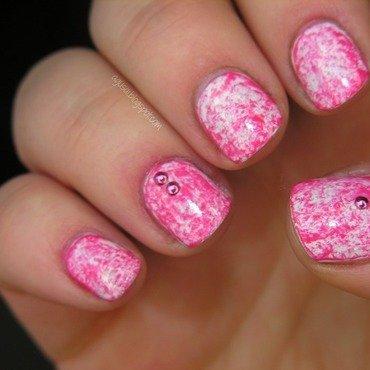 Pink & white nail art by Agni
