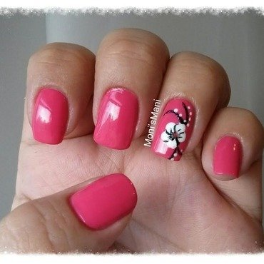 Opi feeling hot hot hot and flower 2 thumb370f