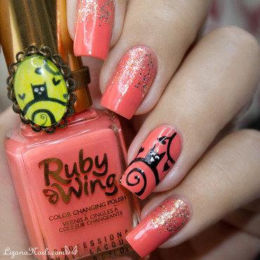 Owl nail art by Lizana Nails