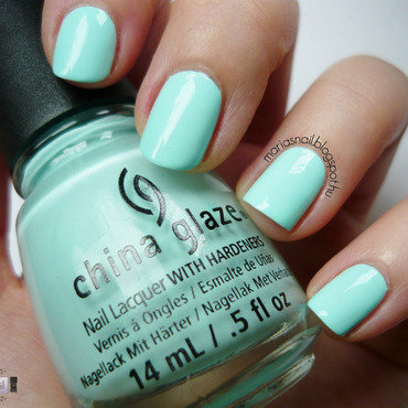 China Glaze At Vase Value Swatch by Maria