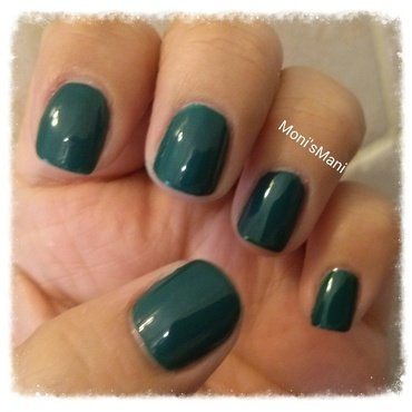 OPI AmazON AmazOFF Swatch by Moni'sMani