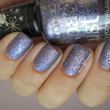 Rimmel Space Dust Moonwalking Swatch by Marina