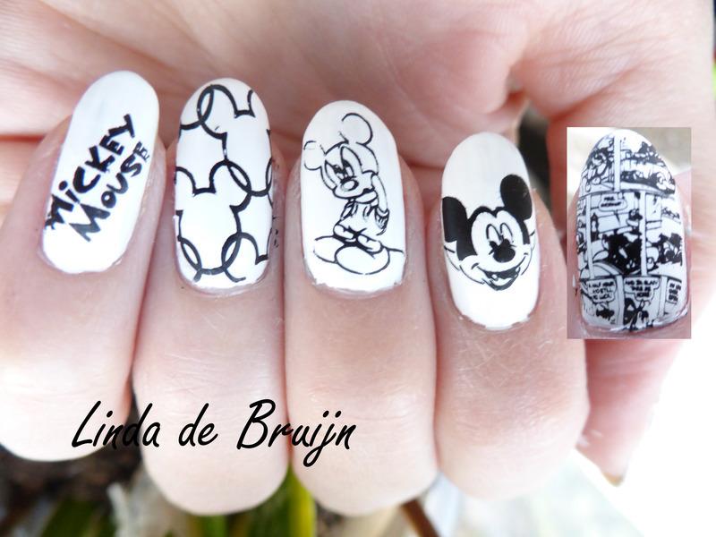 Mickey Mouse Nail Art By Linda De Bruijn Nailpolis Museum Of Nail Art