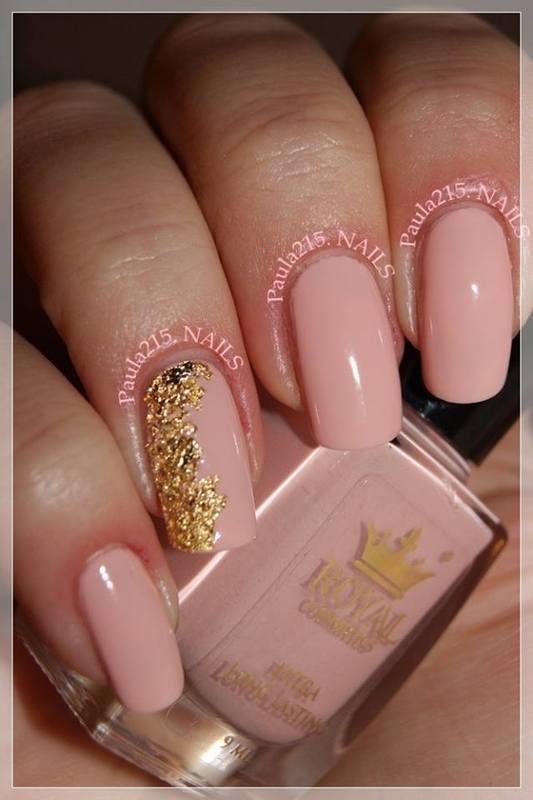 Gold. nail art by Paula215. NAILS
