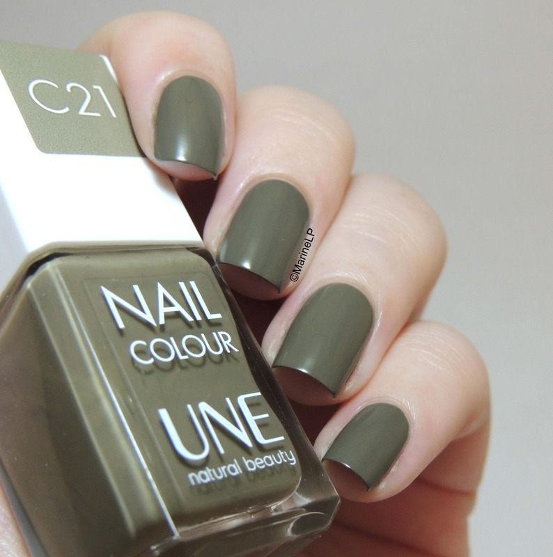Une C21 Swatch by Marine Loves Polish