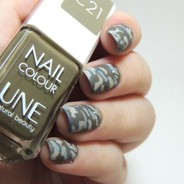 Camouflage nails une c21  1  thumb370f