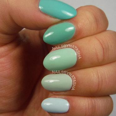 Ombre nail art by Natasha