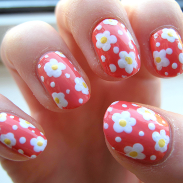 Daisy nails 1 thumb370f