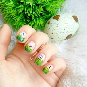 easter eggs in the grass nail art by froschstuetzpunkt