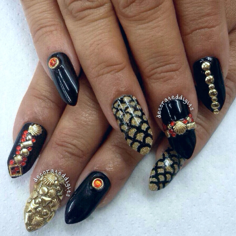 Gothic mermani nail art by Jordan
