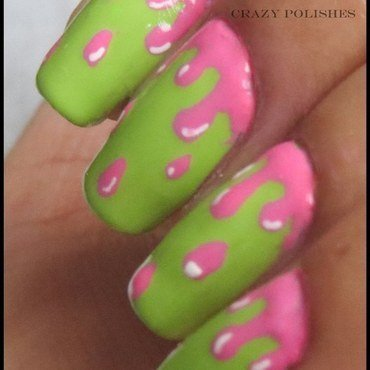 Green pink drip nail art thumb370f