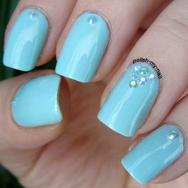 Mint zircons mani 4 thumb370f