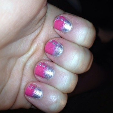 Pink/silver Gradient and Dots nail art by Kayla