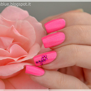 Breast Cancer Awareness nail art by MiseryLovesBlue