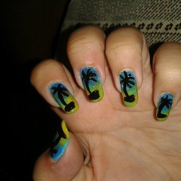 Palm trees nails thumb370f