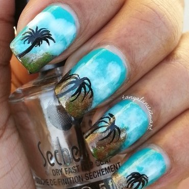 California Palm Tree Manicure nail art by Tonya