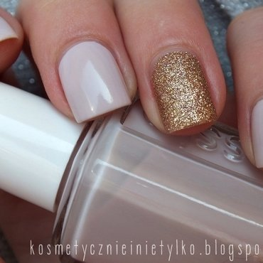 Essie + gold glitter nail art by Karola