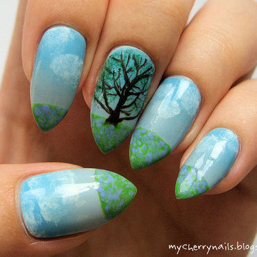 Nature nail art by Pauline