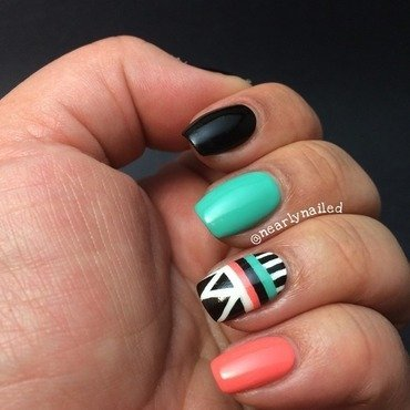 Geometric Inspired nail art by nearlynailed