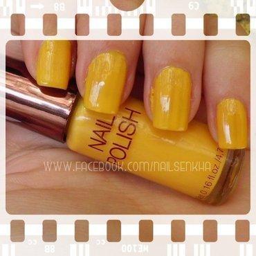 Yellow thumb370f