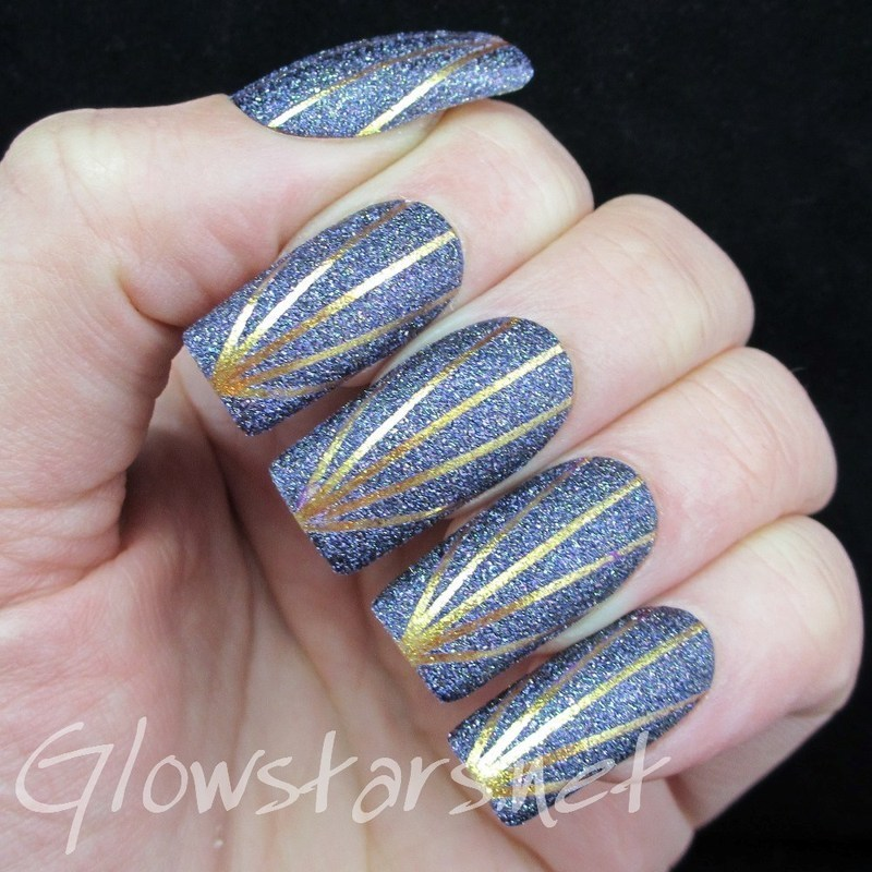 The Digit-al Dozen Does Texture: Gold Sunrise nail art by Vic 'Glowstars' Pires