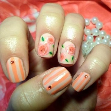 roses&strips nail art by Edyta