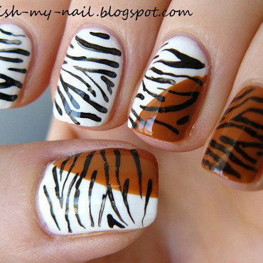 Two tigers nail art by Ewlyn