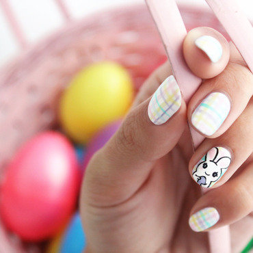 Have a Hoppy Easter! nail art by Jasmine (Californails)
