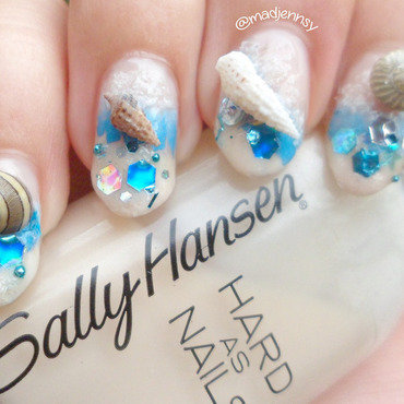 3D REAL Seashells Nail Art  nail art by madjennsy Nail Art