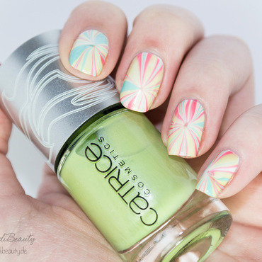 Simonas nail art april marbled 9 thumb370f