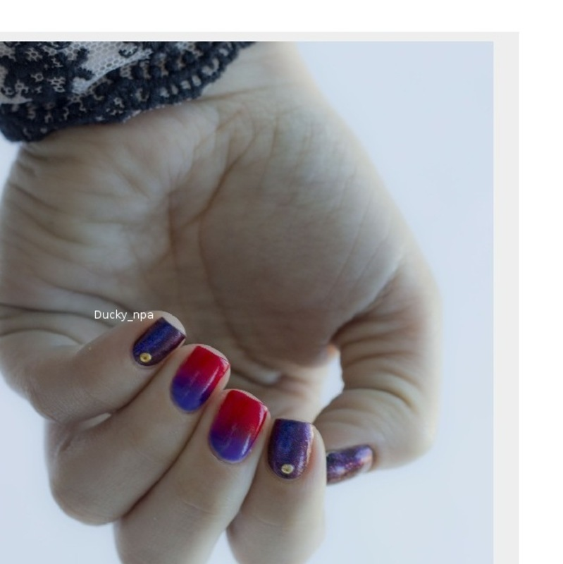 Borealis and purple red gradient nail art by Ducky_npa (Lili)