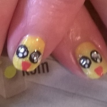 Easter chick nail art by Mila