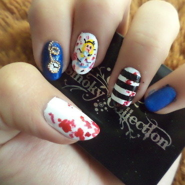 Alice: Madness returns nail art by Sophie
