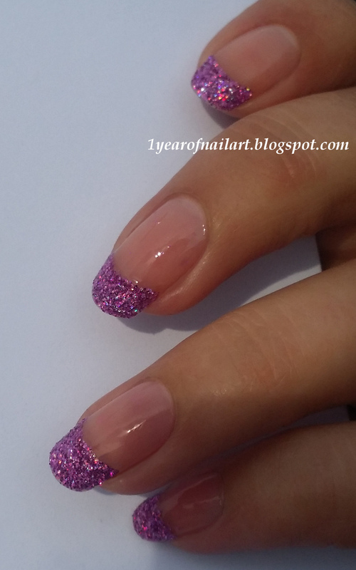 Glitter tips nail art by Margriet Sijperda