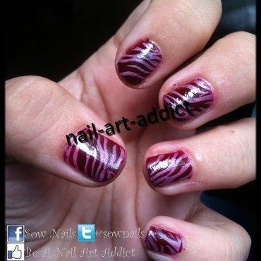Nail Art : Vagues nail art by SowNails