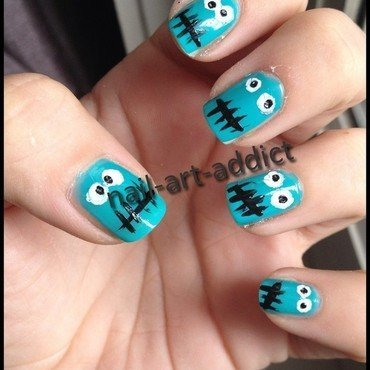 Nail Art : Monstres nail art by SowNails