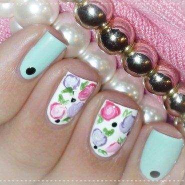 Floral nail art nail art by Romana