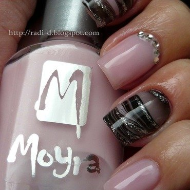 Moyra no.47  6  thumb370f