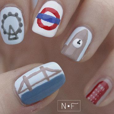 London nail art by NerdyFleurty
