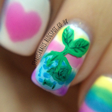 Macro shot of my Earth Day accent nail. nail art by Lisa Yabsley