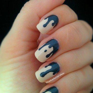 Metall drips nail art by Franziska FrankieHuntersNails