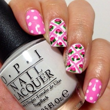 Mini floral  nail art by Carmen Ineedamani