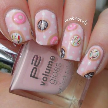 Donut Nails nail art by Ann-Kristin