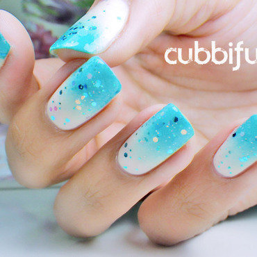 Someone Wants To Go To The Beach!  nail art by Cubbiful