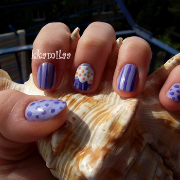 Cupcake nail art by Kamila