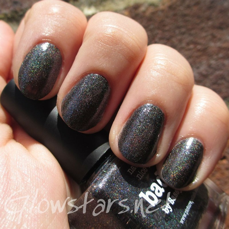 piCture pOlish Badass Swatch by Vic 'Glowstars' Pires