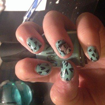 Teddy bear and hearts  nail art by Princesscourtney