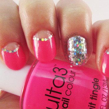 Glitter Ball! nail art by Melissa (Clavum Es)