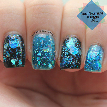 Different Dimension (blue) Da Ba Dee Swatch by Karise Tan